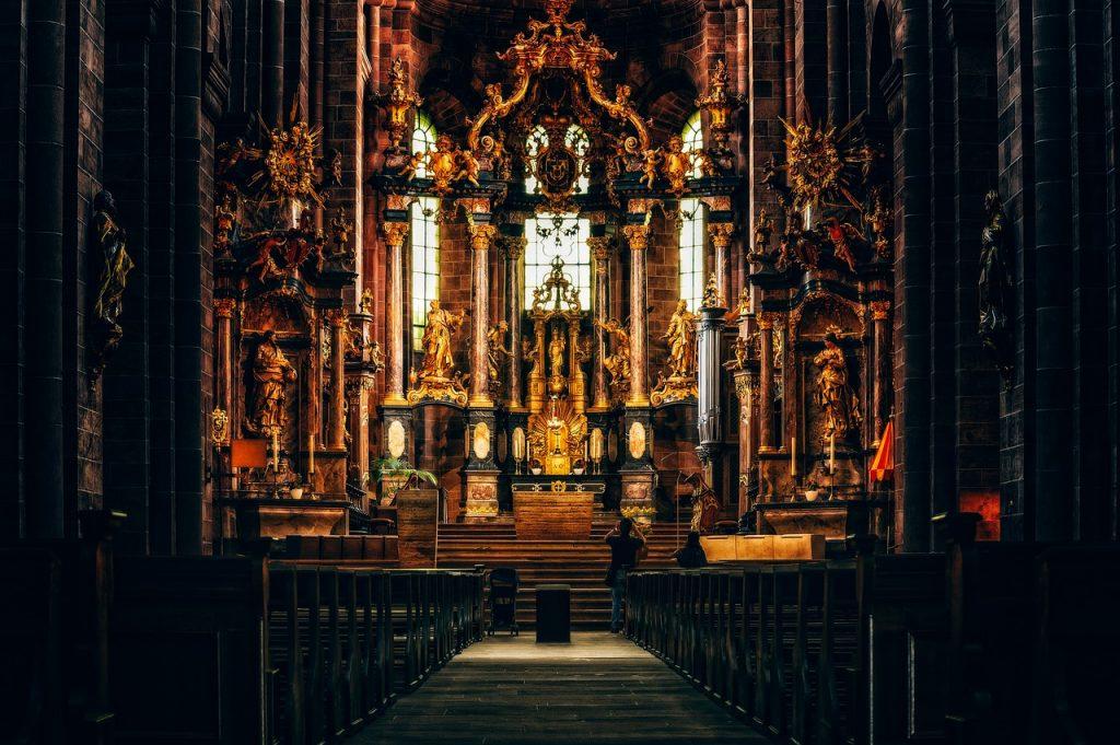 church, altar, dom