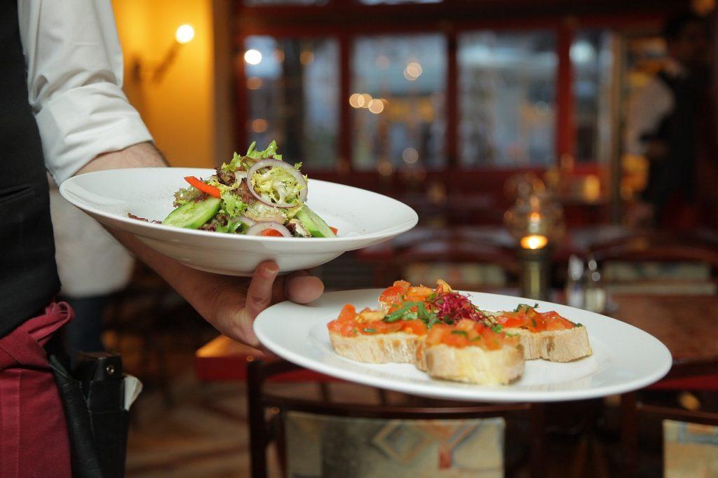 dinner, salad, restaurant